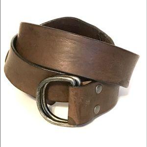 GUC. BANANA REPUBLIC genuine leather belt